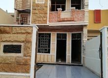 بيت في الشعب العقاري الاولى مساحة 161 متر للبيع منفذين بناء درجة اولى