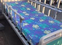 للبيع سرير طبي - ياباني