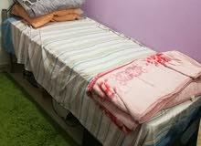 سرير من الحديد 190سم طول X عرض 90سم مع مرتبه 20 سم