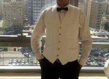 انا ويتر وببحث عن عمل بفندق 01142390110