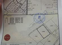 ارض سكنية العامرات المرحلة الاولي شبه كورنر ومفتوحة من جهتين بمساحة 600 متر