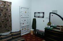 غرف جاهزة للايجار ب 80 ريال شامل الماي والكهرباء