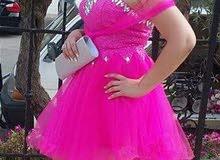 فستان لحفلة عرس بلون مميز