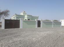 للبيع 3 منازل نظام طابقين في المصنعه الملده
