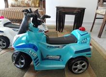 دراجات اطفال عدد2 ابيض و ازرق شحن استعمال اسبوع