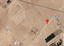 ارض للبيع 4دونم مقابل المطار واصل الخدمات بجانب مشاريع قائمه