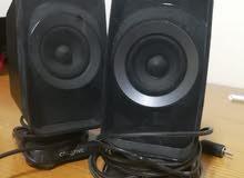 سماعات مكبرة للصوت