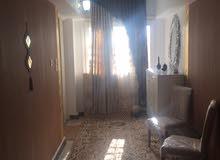 شقة في الحميضة عمارات الأتراك الدور الأول علوي المساحه250 متر تتكون من