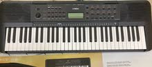 for sale piano yamaha psr e273