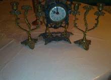 ساعة نحاسية قديمة