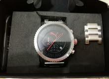 ساعة puma motor sport pu103521004 اصليةو بها stopwatchو نظام 24 ساعة و التقويم