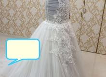 فستان عروس نظيف