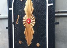 باب حديد بيت للبيع