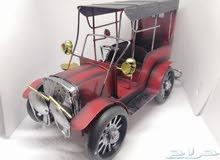 مجسم تحفة سيارة قديمة