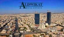 ارض تجارية للبيع في اكثر المواقع حيوية في عمان (شارع الجامعة) , مساحة الارض 1386م