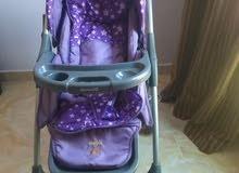 عربة أطفال ( Gracco ) بحالة الزيرو لم تستخدم غير مرتين البيع للسفر