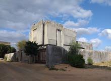 منزل وملحق جاهز لسكن تاجوراء خالة فارس بالقرب من مدرسةالسلام منطقة عامرة بالسكان