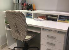 مكتب هوم سنتر مع كرسي