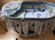 سرير بيبي مستعمل بحالة جيدة
