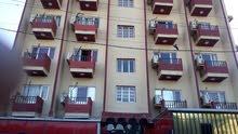 بناية للايجار بالكامل فيها 34 شقة مؤثثة في الكرادة قرب ساحة كهرمانة