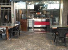 مطعم اكل شرقي غربي شغال في مدينة اربد بالقرب من سامح مول  مع معداته