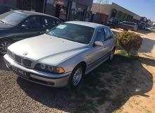BMW523 بحالة ممتازه للبيع