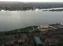 شقة فاخرة مطله على النيل (للعوائل)