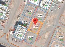 ارض سكني تجاري في المعبيله الجنوبية 2/5مساحه كبيرة 500 متر واجهتها عرضية 25 م