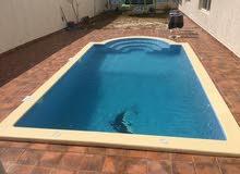 صيانة، إصلاح ، تعقيم، جميع الأعمال لبرك السباحة و الجاكوزي