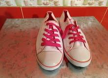 أحذية للنساء