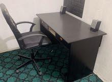 ميز حاسبة تفصال خشب + كرسي