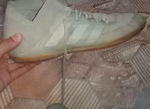 f6349c889 حذاء اديداس مال كره قدم بيه مجال قياس 41 او 42