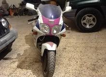 دراجة نارية للبيع نوع ياماها قوة سي سي 1000