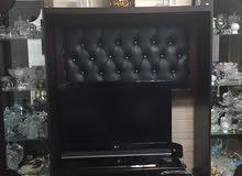 بوفيه + طاولة تلفزيون مستعملة بحالة جيدة جداً