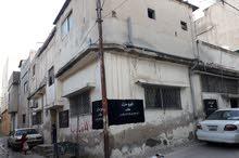 منزل 200 متر طابقين في مخيم البقعه