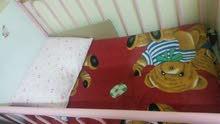 سرير اطفال بالمرتبة