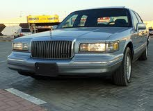 Lincoln Town Car Used in Ajman
