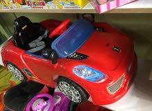 سياره شحن 6 فولت مع ريموت موسيقى اضويه من عمر 1-3 سنوات يوجد خدمه توصيل 0796316653