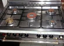 للبيع طباخ إيطالي حاله ممتازه  كليم غاز ستيل 97764270