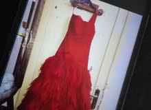 فستان سهرة للإيجار