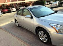 Nissan Altima car for sale 2012 in Farwaniya city
