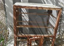للبيع قفص خشبي لطيور الزينه