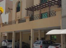 للبيع شقة على مستوى راقي وموقع مميز في البسيتين