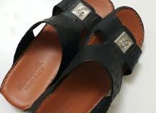 حذاء جلد اصلي ب200 بعد الخصم%25 صار ب150 جديد لم يستخدم