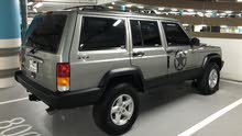 clean jeep cherokee well maintained for sale