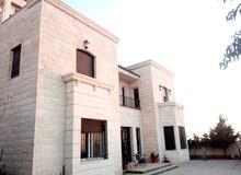 Luxurious 500 sqm Villa for sale in AmmanAl Urdon Street