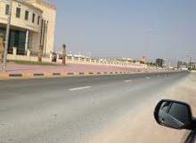 فقط 100 الف درهم وامتلك ارض سكنية فى افضل موقع بمنطقة المنامة