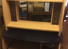 مكتب كمبيوتر للبيع