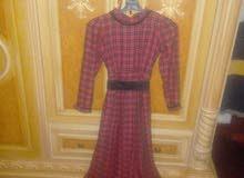 مجموعة ملابس نسائية ورجالية فساتين وجامب سوت وقميص وتجيبوطي ايطالي