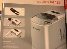 Crown Ice Maker